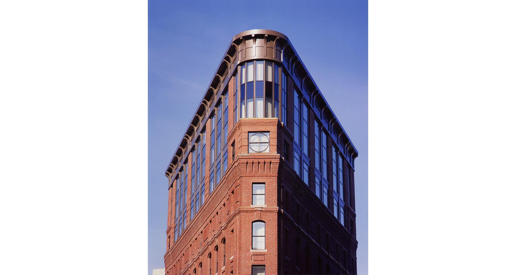5   Bulfinch Exterior Top